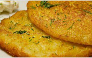 Kartoffelpuffer auf polnische Art sind ein Genuss